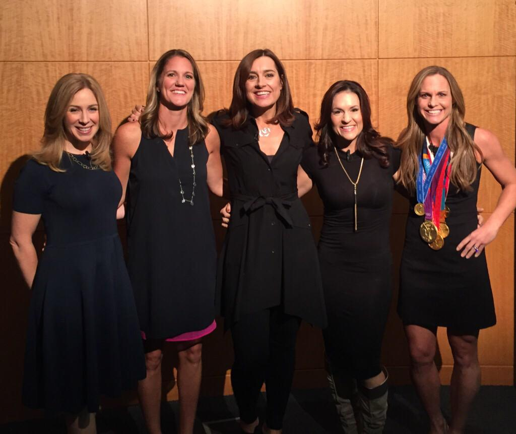 Awesome morning @CNBC today with @BeckyQuick @christierampone @jwelter47 @CoachBanghart @SarahRobbOh #PowerWomen! http://t.co/1ddxEbWgDI