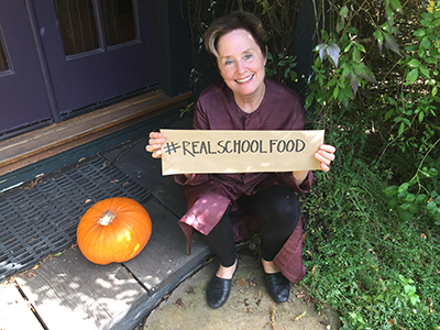 It's time to stand up for #RealSchoolFood! Proud to support @ChefAnnFnd's campaign. Join us: http://t.co/tz0Kw4S8vr http://t.co/c9O2e6HLzV