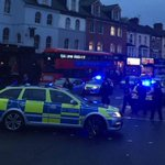 Teenagers seen wrestling in the street as huge riot breaks out in Walthamstow http://t.co/VhyhqWnI42 http://t.co/rQUsdgBNGf