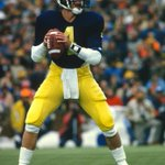 The last time Michigan had a 4-game stretch allowing 7 points or fewer, Jim Harbaugh was the starting QB (1985). http://t.co/aq4sbzMZgt