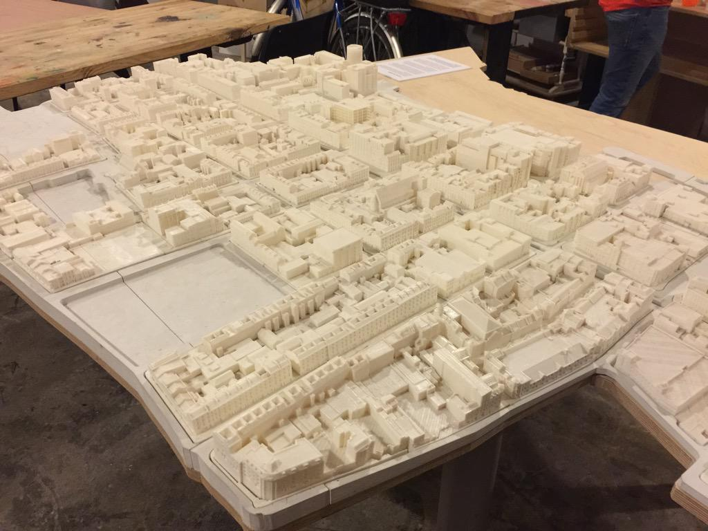 Imagine 3D modeling an entire city, then #3Dprinting it all out. That's what @fablabLimerick did w/ Limerick! http://t.co/wp6OvwMm1L