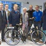 Spaaractie: Trekking van 6 oktober. De Elektrische fiets werd gewonnen door Mvr. Georgette Tuyttens uit Kuurne. http://t.co/mA7sLGad0t