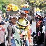 #Economía: El 70% de los nicas ya no son pobres, según nuevo informe. http://t.co/NF0kKHxAFk #Nicaragua http://t.co/6rqRb9Rn5C
