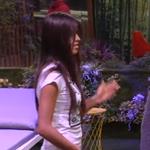 Sofía entra en el jardín secreto. No especialmente emocionada por la sorpresa. #UH4GH16 http://t.co/1KWMjz3LgN