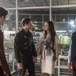 #TheFlash boss dishes on tonights heartbreaking premiere twist: http://t.co/y6oAL5GwCZ http://t.co/SV4c56Jkz3