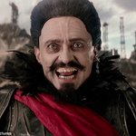 #MartesDeTrivia para #PeterPan El pirata que secuestra a Peter es ________ ¿Quién lo interpreta en la película?. http://t.co/A7ZwUjbZqW