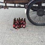 Ook dit is staken. Vuiligheid en drankmisbruik. #hartbovenhard #staking http://t.co/BfwXMglaNx