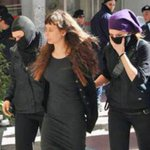 #Greece: Message from #EviStatiri about her release from prison http://t.co/SEBkr1Vc0B http://t.co/26mcLjibKe http://t.co/89avroE199
