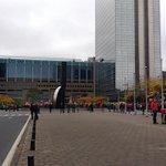 Bij betoging vorig jaar stond het hier bomvol. Vandaag wandel je er vlot door. #betoging http://t.co/7BtuWocmlo