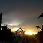 Rt skuii876:Rt StruanCastle: Caught this beautiful #sunset by our #gazebo. #Jamaica http://t.co/WWttwtzYSk #skuii876 #socialburstteam