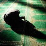 أوقات الصلاة اليوم الأربعاء في #الكويت الفجر 04:25 الشروق 05:44 الظهر 11:36 العصر 14:57 المغرب 17:27 العشاء 18:44 http://t.co/PDvdlW9yXd