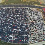 Parking lot? Home-coming cars jammed at #Beijing toll station, as National Day holiday nears end (web pic) http://t.co/v4sdbXHm7w