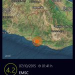 USGS y EMSC calculan la magnitud del sismo en 4.2 con epicentro muy cercano a Pinotepa N. Oax. http://t.co/xF3t7rCWz4