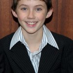 @troyesivan this is what I looked like when I was 13. THIRTEEN http://t.co/4FDonEjPoe
