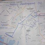 Dette er et kart politiet har delt ut til flyktninger ved Oslo S. Ikke rart vi hører at familier går seg vill i byen http://t.co/UdUq4m6Ynk