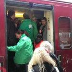 Volle treinen in Antwerpen Berchem, veel volk voor protest tegen regering! #7okt #genoeg http://t.co/IPxIsKTMLE