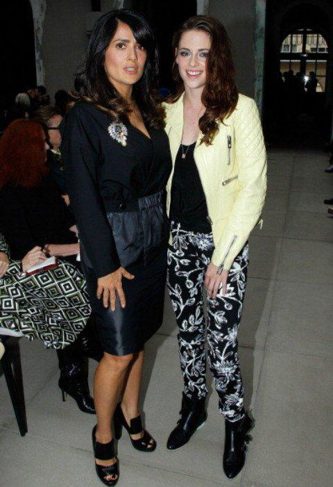 Kristen Stewart and Salma Hayek :) http://t.co/PYms3PZQYR