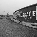 After the Fall @RedGalleryLDN – how the Berlin Wall became a catalyst for creativity http://t.co/G6h6D52UPn http://t.co/vn8TWTQMkk