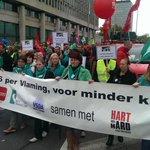 Veel volk van @VRT op betoging. Blijf van onze openbare omroep! #7okt #genoeg http://t.co/42yxrHpkfr