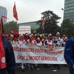 Info contact : #manif7oct : 80000 à 100000 manifestants à Bxl. Un succès pour les syndicats @ContactNews http://t.co/nhVww6BWnh