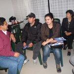 Dialogando con habitantes de Parques del Nogal. Conozco Tunja porque hablo con sus gentes. #SoyPabloCepedaSuCandidato http://t.co/YTEgzDAIul