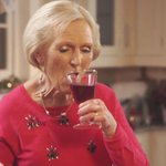 14 reasons why #GBBOs Mary Berry would be the sassiest Granny ever http://t.co/x4CkysCl7Q http://t.co/XXsT3VlJwE