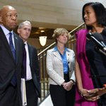 Top Clinton aide passed classified intel to Clinton Foundation http://t.co/NTo1Ex6KHU http://t.co/3fepuhJOUD