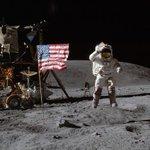 Russian space fan raises a million rubles to prove Apollo landings. Kinda like @nasa_lro http://t.co/Kx3qQ4Wgow http://t.co/RGMlBONC3C