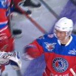 В ходе матча Ночной хоккейной лиги Владимир Путин забил уже четыре шайбы https://t.co/UIa1kFbnnU http://t.co/xzwq5MycSR