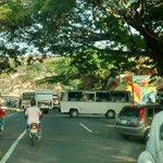 #ReporteTránsito: Transportistas mantienen cerrada la Redoma de Santa Rosa por protesta. Vía @TrafficPatria http://t.co/KZBxBgD3L3