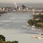 Algae blooms cancel Ohio River Swim. What does this mean for @IRONMANtri Louisville? http://t.co/jKnyKP4nF7 http://t.co/PUBiLmw4gR