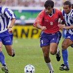 @radiohousehn Hoy en 2006, Milton Reyes Jocon juega su ultimo partido con Sel. Hond, amistoso vs Guat,gano Hon 3-2 http://t.co/mX3xpRhbBD