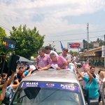 Una multitud de vecinos acompañan la caravana de @SergioMassa con @ramon_puerta y @VelazquezAd #MassaEnMisiones http://t.co/4IB8ll7xCG