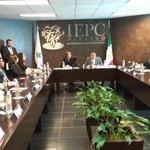 Sesión del Consejo General del #OPLE #Durango de instalación del Proceso Electoral 2015-2016 en el @IEPCdgo http://t.co/fiKddFPOjR