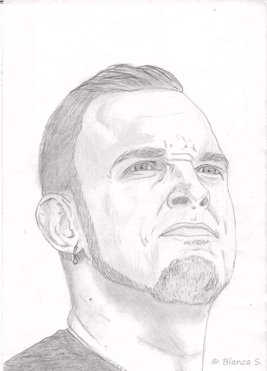 There's another drawing I made of @MarkTremonti few months ago. Pretty pleased with it. Not that bad, or? ^-^ http://t.co/Y7ZgKATbmN