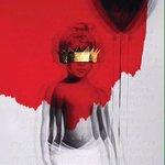 A capa do R8 foi inspirada no primeiro dia na creche de Rihanna, a imagem é uma mesclagem com uma foto dela criança. http://t.co/mdZNXphraL