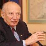 Ο Πατριωτικός ρεαλισμός του Γλαύκου Κληρίδη πέτυχε την ένταξη της #Cyprus στην Ευρωπαϊκή Ένωση #leader http://t.co/y0UevDy0ax