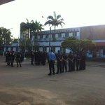 PF cumpre reintegração de posse na UFPE, mas alguns estudantes se recusam a sair. #NotíciasDaManhã, 7h30. http://t.co/heAyGyBRT7