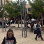 #Alicante Desalojada la facultad de Derecho de la .@UA_Universidad por una amenaza de bomba http://t.co/8bdLOx0XK6 http://t.co/oWSkZlpXQY