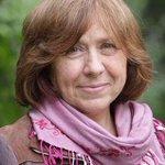 Nobel Edebiyat Ödülünün sahibi Beyaz Rusyalı araştırmacı gazeteci ve yazar Svetlana Aleksiyeviç oldu. [Reuters] http://t.co/B9QihLtE1C