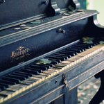 Quieres improvisar tocando el piano en las calles de #madrid ? 14 Octubre las calles de #madrid se llenan de pianos! http://t.co/PGmhAFvFRm