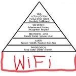Bon ben linternet est cassé chez @bouyguestelecom... Loccasion de ressortir la pyramide des besoins de Maslow... http://t.co/PRRmbeTtSi
