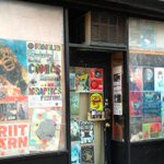 #NYC Located in #Brooklyn #Bodega @SpectacleNYC theater is fundraising to stay in #Brooklyn http://t.co/t0dyMG5gY0 http://t.co/PC846asvqY