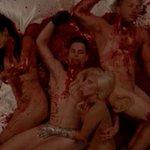 Estreia de American Horror Story: Hotel - com @ladygaga - repercute na internet. http://t.co/r7uJxNGfl6 http://t.co/HHtaQPNL59