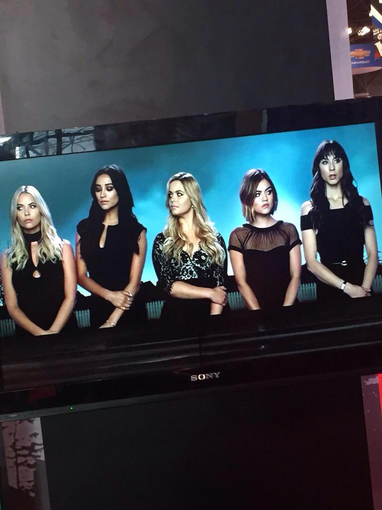 SOCORRO!! A ABC Family acabou de liberar uma foto da nova abertura! Estamos surtando e vocês? http://t.co/4GvQ7qaWZR