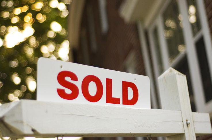 Did you know...? Today, Oct. 8 is the best day of the year to buy a home: http://t.co/ArZVycLelP #realestate http://t.co/OJLvgNHy7I