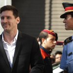 Lionel Messi to stand trial for tax evasion, possible sentence of over 22 months in jail http://t.co/izWDrTtKKF http://t.co/qhUI4KjDxc