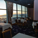 Seeing a show in #blackpool tonight? Book your pre-show meal here with us in our SeaView restaurant http://t.co/eTCSPRekQV