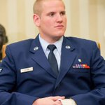 American hero who stopped train attack in France stabbed in California http://t.co/Sl4Ty8HKsM #philly http://t.co/ec41yCEG1b