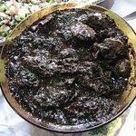 Para quem não sabe o que é Maniçoba (melhor comida). Feia e GOSTOSA PRA POHAN! http://t.co/Ji9tAedVU9
